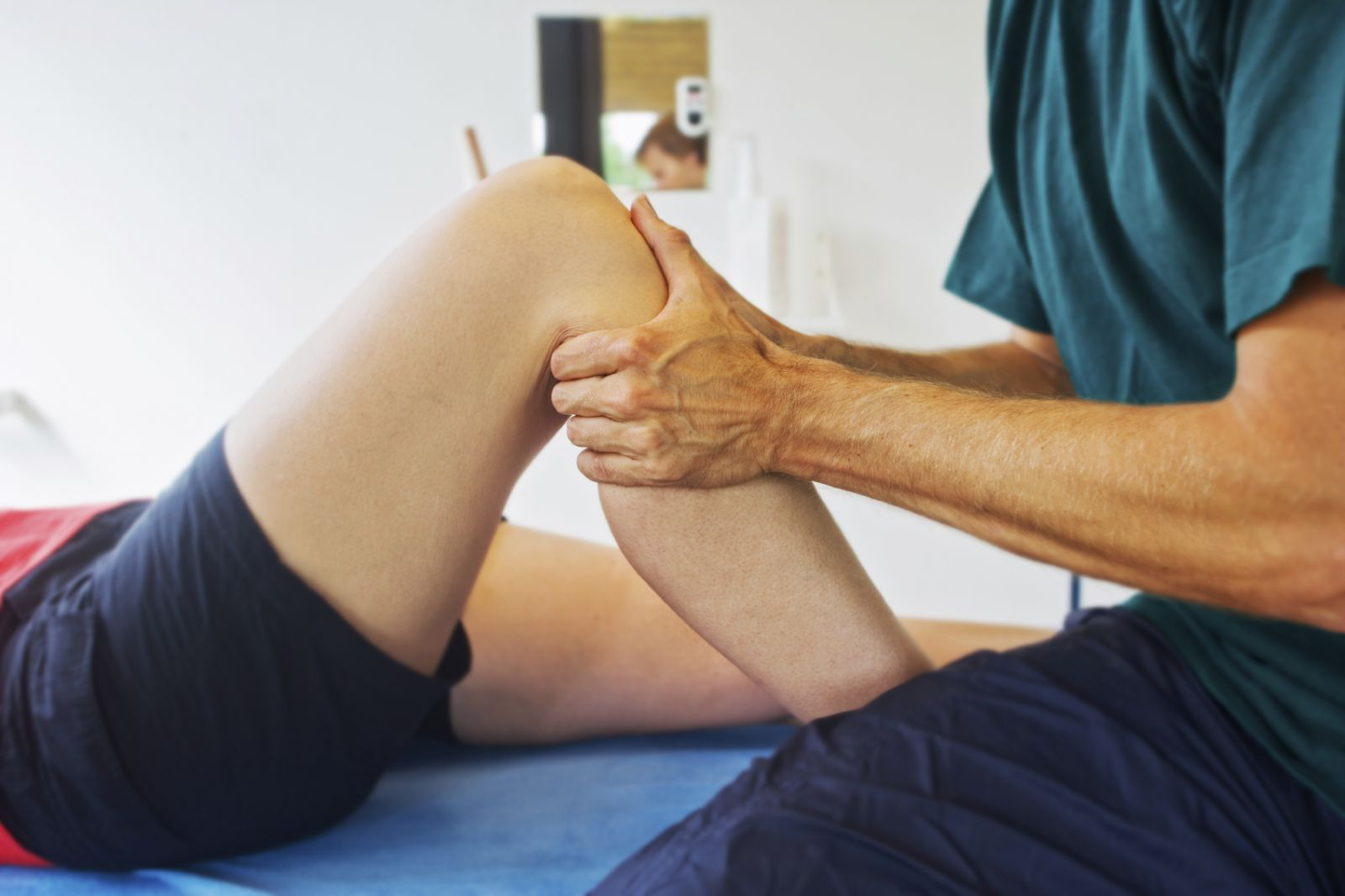 Điều trị sau chấn thương bằng YHCT tại Tâm An